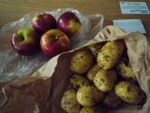 フィンランド暮らしの嫁日記-リンゴとじゃがいも