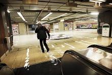 フィンランド暮らしの嫁日記-中央駅の洪水(HelsinginSanomatより)
