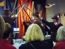 フィンランド暮らしの嫁日記-男性の民族舞踊