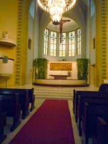 フィンランド暮らしの嫁日記-カッリオ教会内部