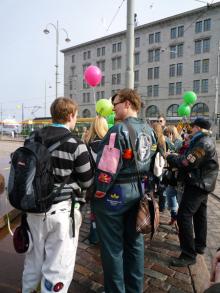 フィンランド暮らしの嫁日記-つなぎを来た人々